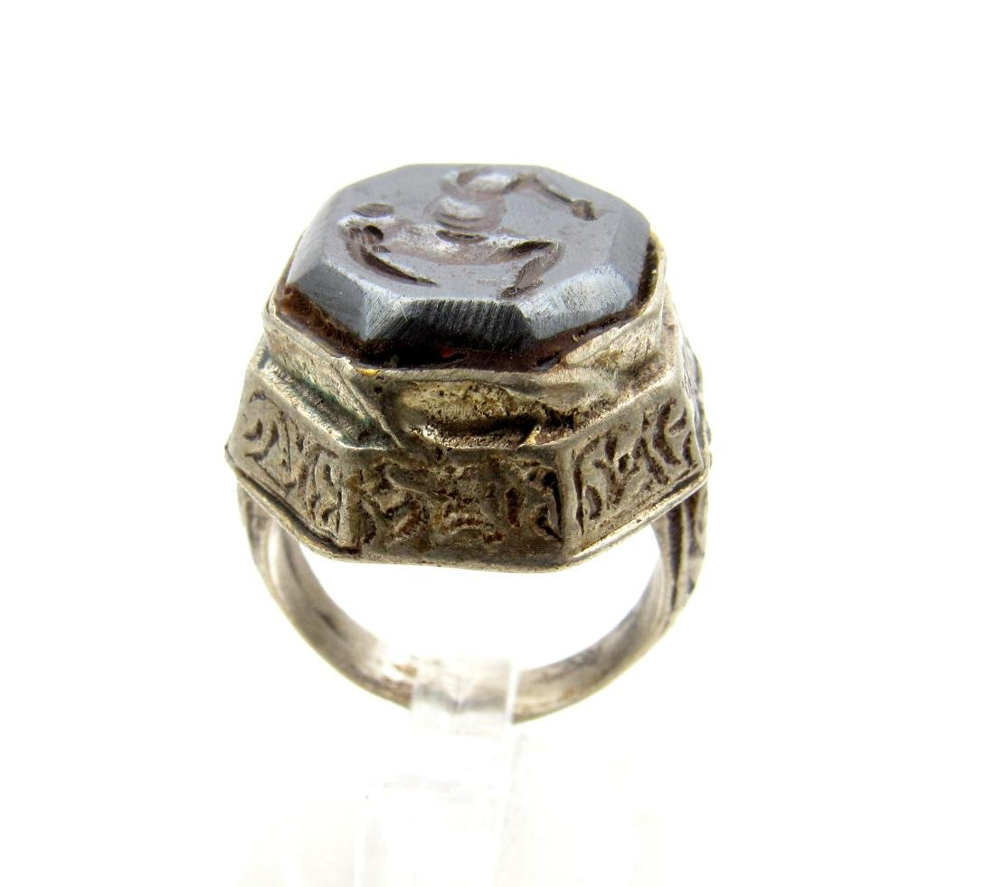 Wearable Post Medieval Hematite Intaglio Ring with - 4
