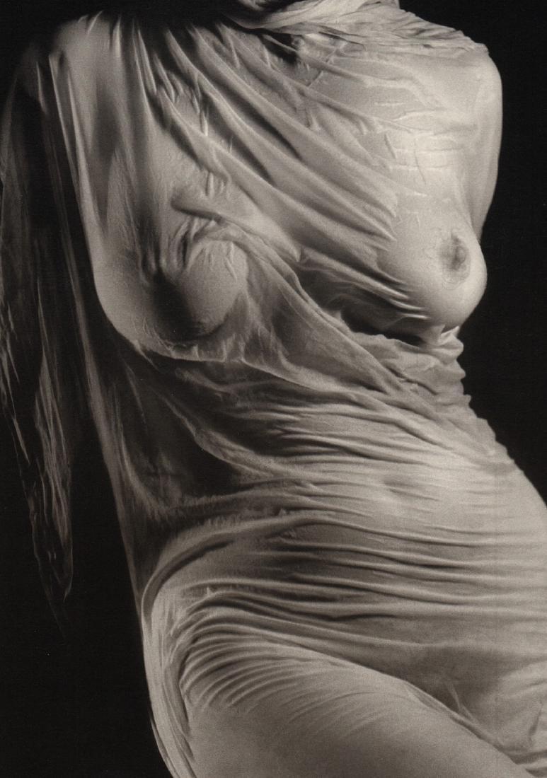 RUTH BERNHARD - Wet Silk_1938