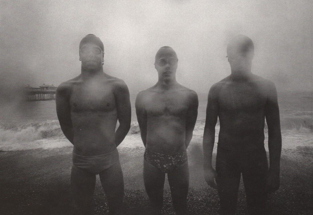 ANDRE GELPKE - Three Swimmers