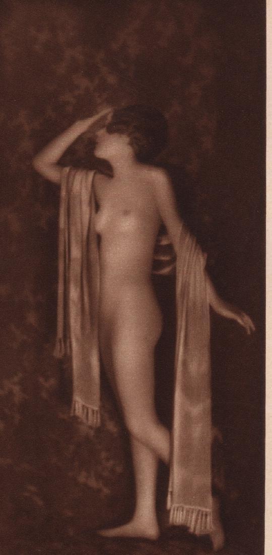 E.O. HOPPE - Nude
