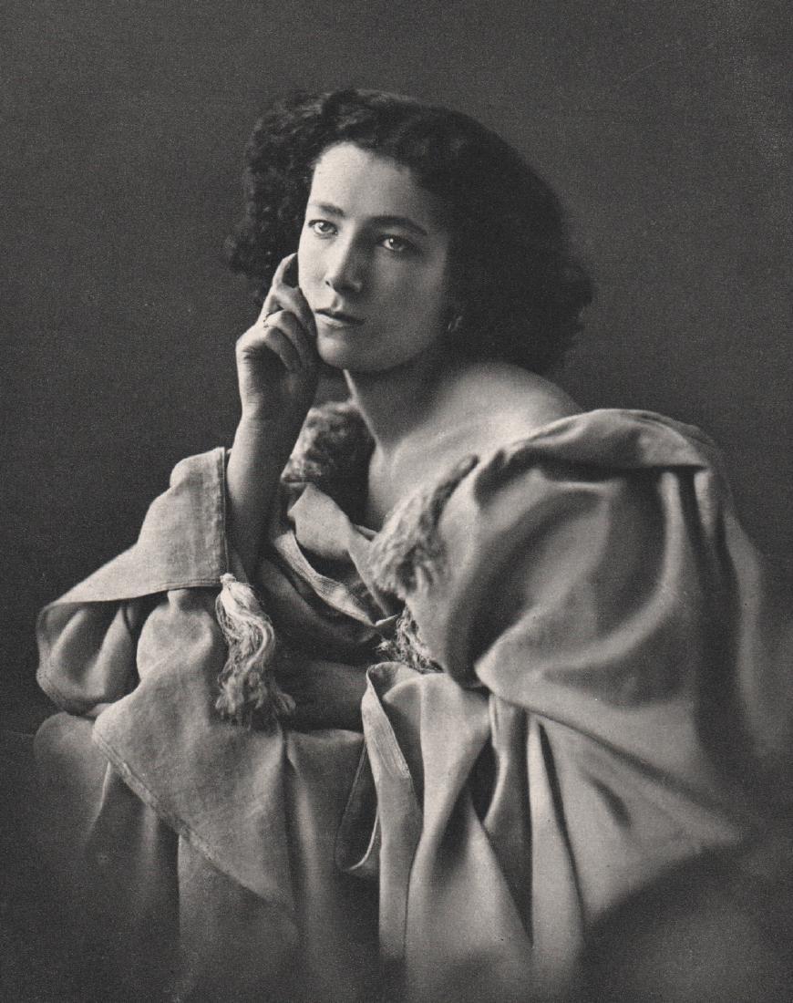 NADAR - Sarah Bernhardt, 1859