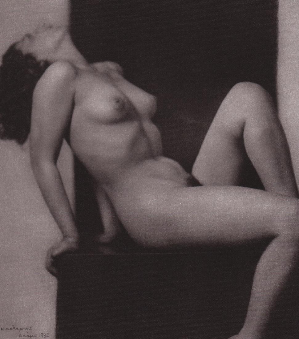 THEODOROS NIKOLERIS - Nude