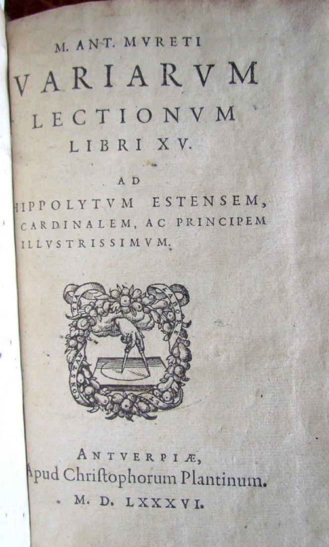 1580s ANTIQUE VELLUM BOUND BOOK IN LATIN - 2