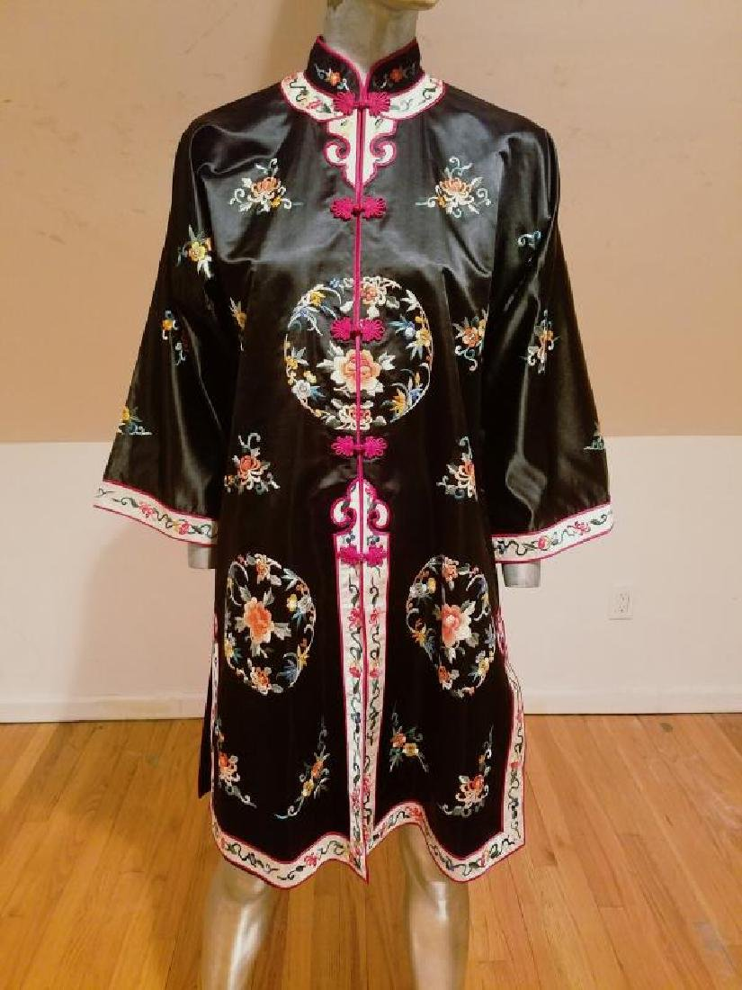 Vintage 1930's early 40's incredible hand embroidered