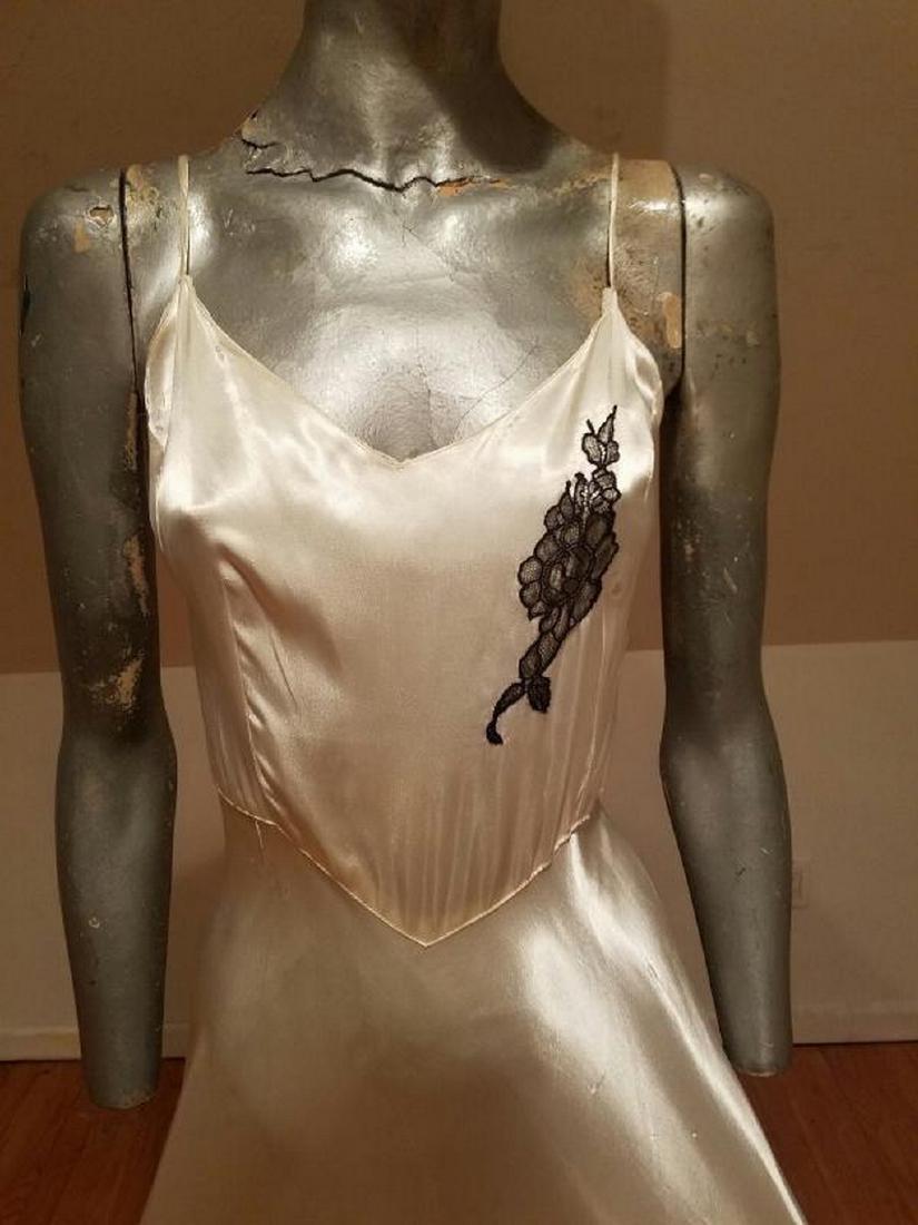 Vtg 1930's Peau de Soie eggshell bias maxi gown lace - 4