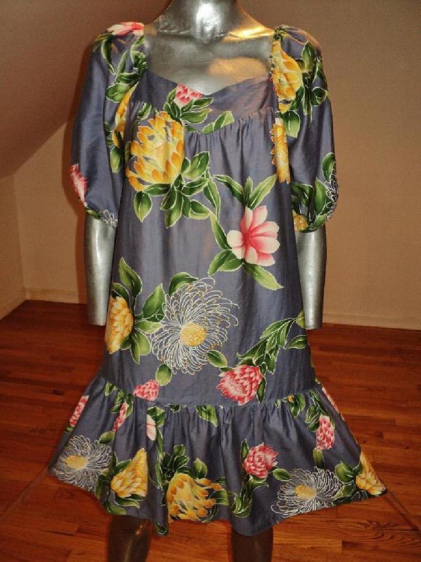 Vtg 1970's Hilo Hatties hand printed floral dress