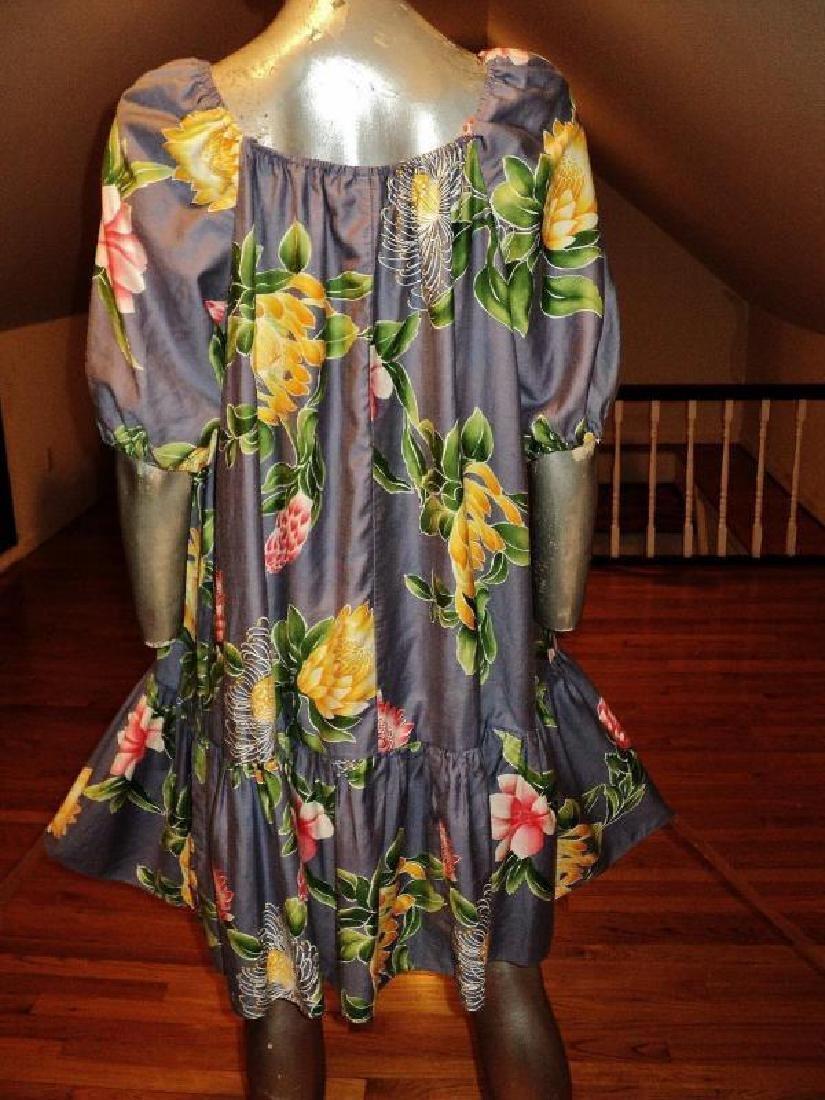 Vtg 1970's Hilo Hatties hand printed floral dress - 6
