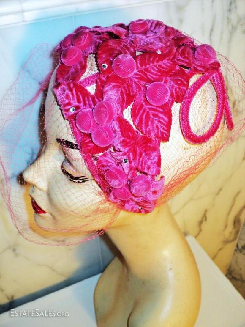 Vtg 1940's Cerise intricately detailed demi chapeau - 3