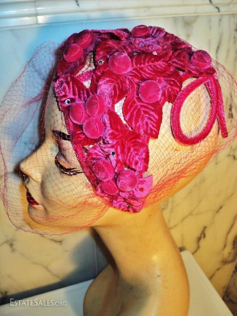 Vtg 1940's Cerise intricately detailed demi chapeau - 4