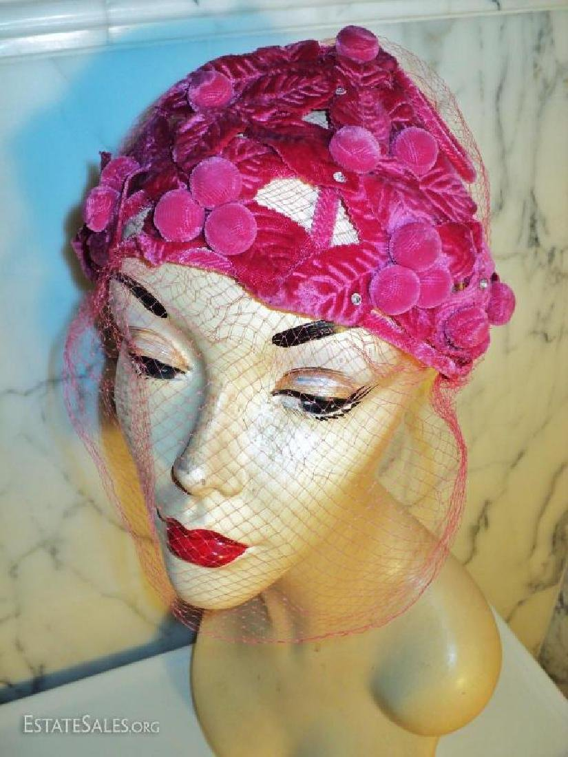 Vtg 1940's Cerise intricately detailed demi chapeau - 6