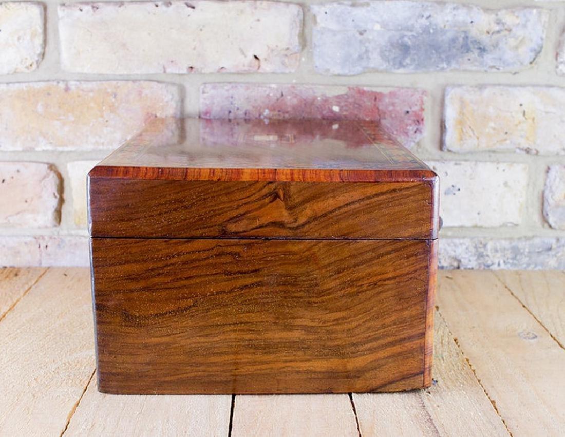 Figured Walnut Table Box c.1880 - 4