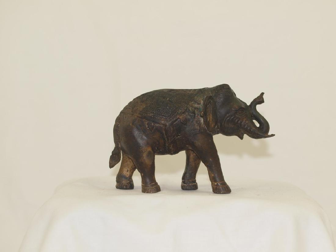 Wonderful 19th century Indian Bronze elephant - 4