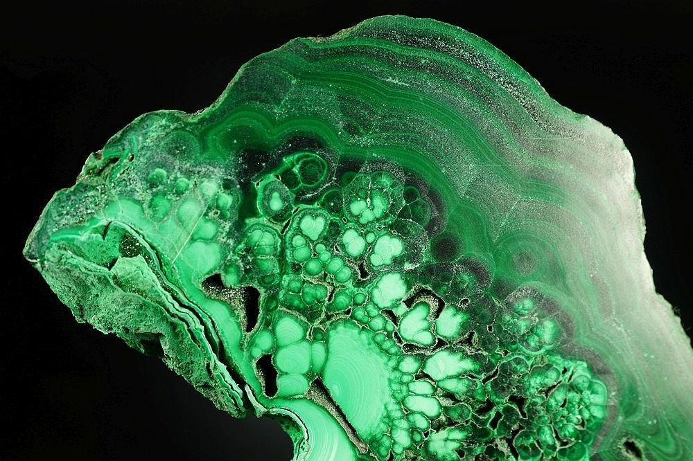 Malachite - one side polished specimen - fantastic form - 3