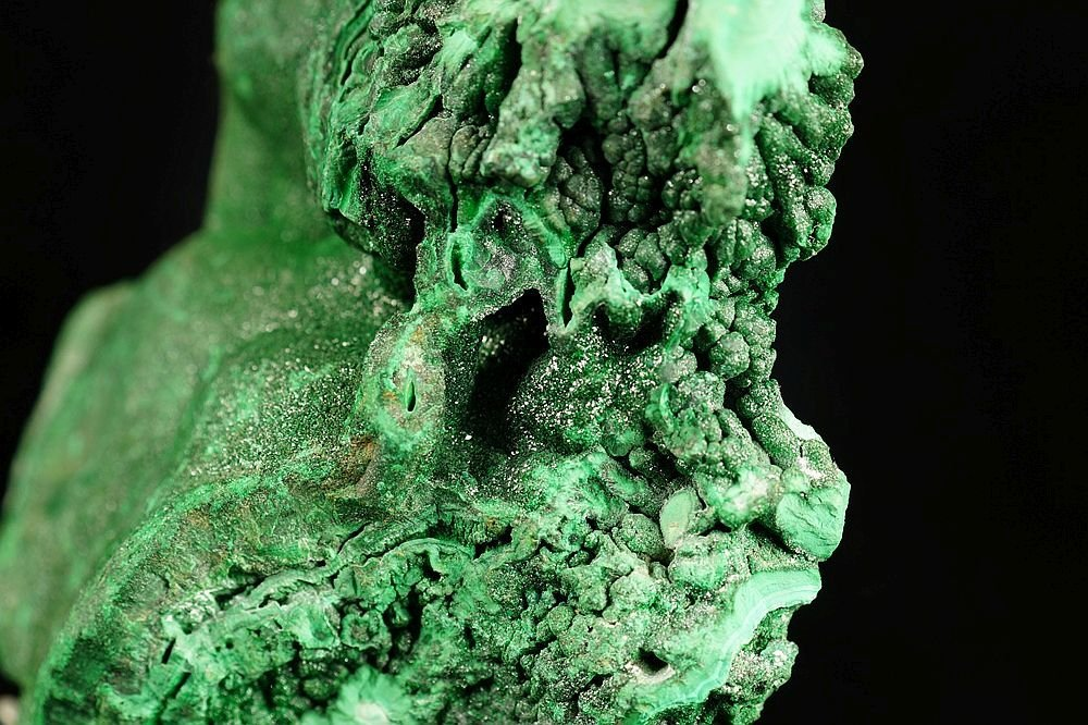 Malachite - one side polished specimen - fantastic form - 6