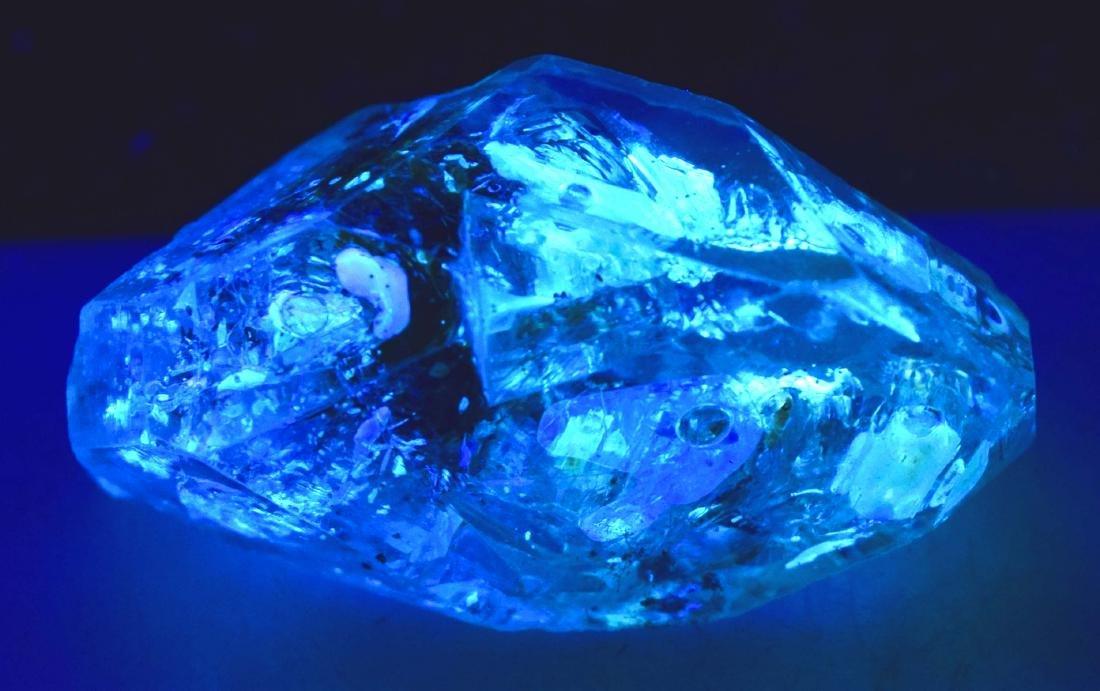 15 Gram Flourescent petroleum diamond quartz crystal - 4