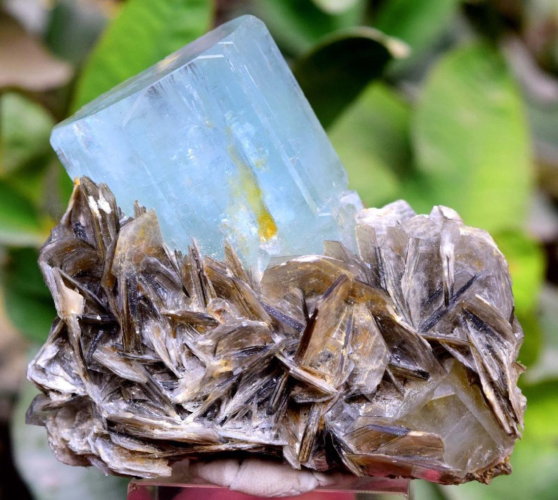Damage Free and Aesthetic Natural Aquamarine Crystal