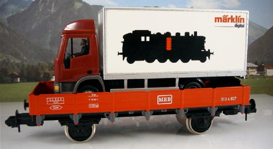 Märklin 1 54807- Low Side Car with Truck 'Marklin