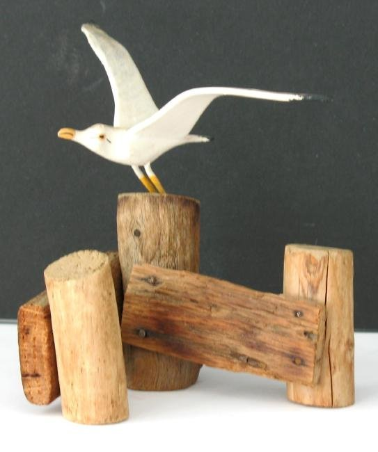 Vintage Folk Art Carving of a Seagull