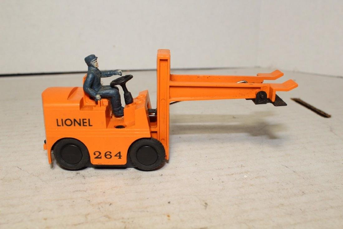 Lionel Postwar 264 Forklift (Works Good) - 2