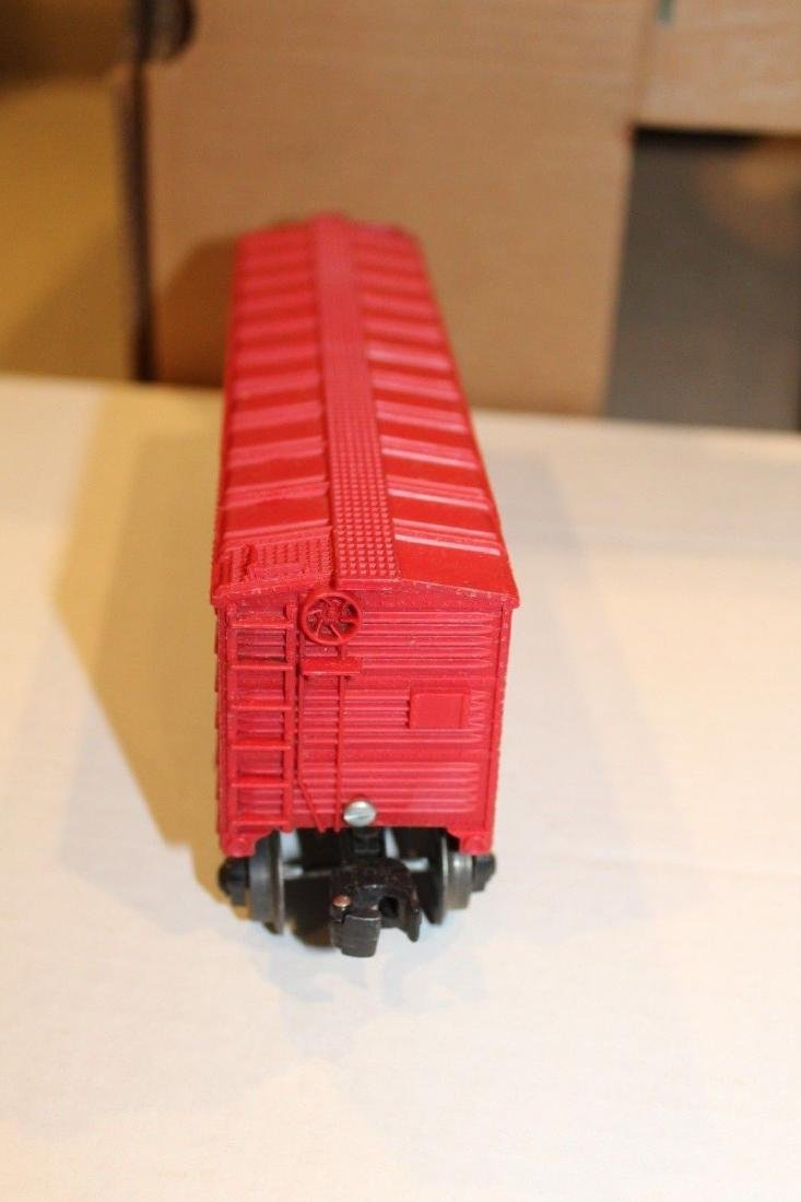Lionel Postwar 6014-100 Red Aired Boxcar Serif - 3