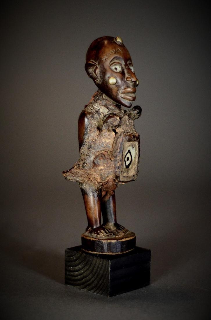 African Tribal Nkisi Nkonde Figure Magical Bilongo