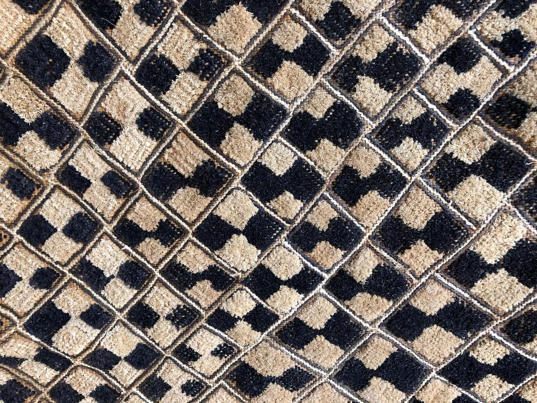 Lot of Two Shoowa Traditional Textiles in Fibers - 7