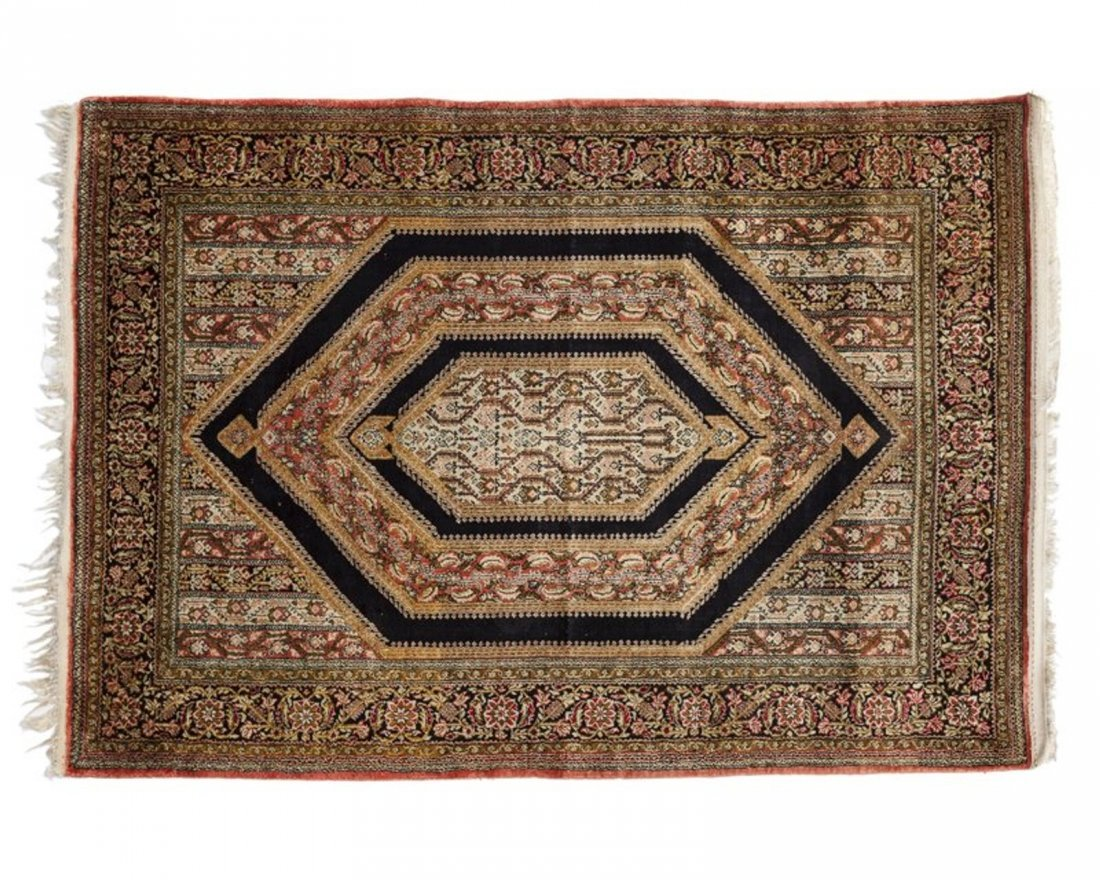 Persian Qom 100% silk. Silk pile hand knotted Rug 3.6x5