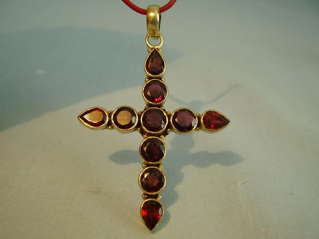 Pendant cross with garnets - 2