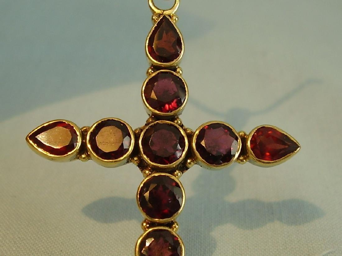 Pendant cross with garnets - 4