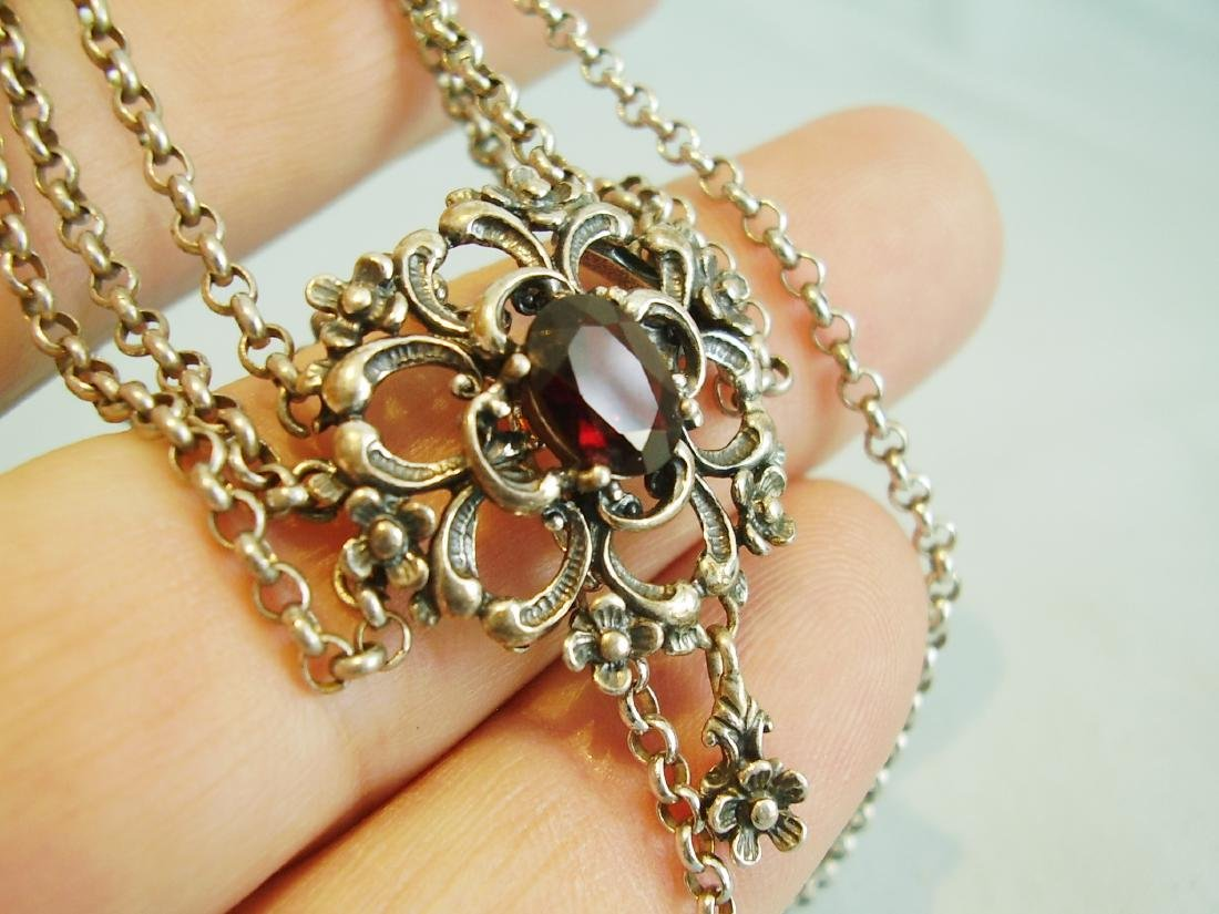 Silver necklace with garnets - 5