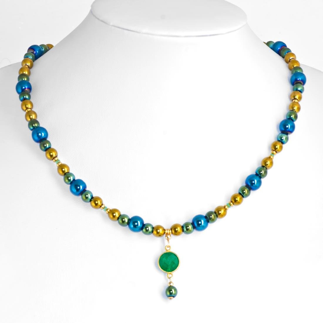 Mirror Emerald necklace with Emerald pendant 4 carat