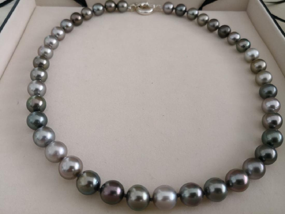 Tahitian South Sea Pearls necklace round shape 10 mm