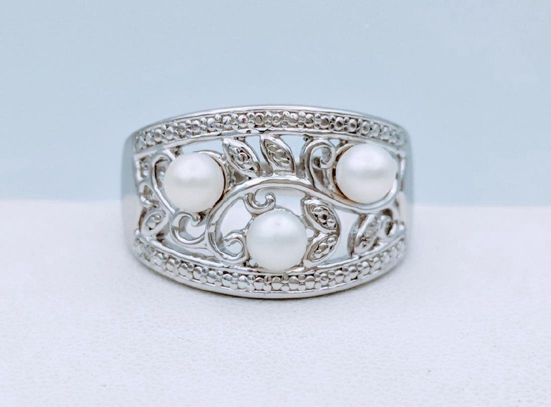 Sterling Silver Diamond Pearl Ring