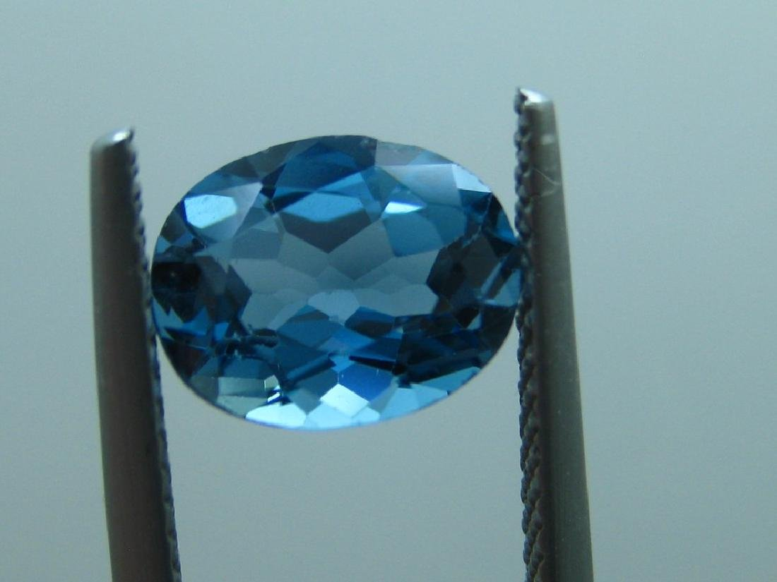 London Blue Topaz of 2.05ct. - 3