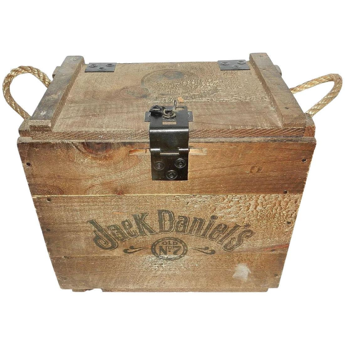 Jack Daniel's Old No. 7 Wood Bottle Whiskey Transport