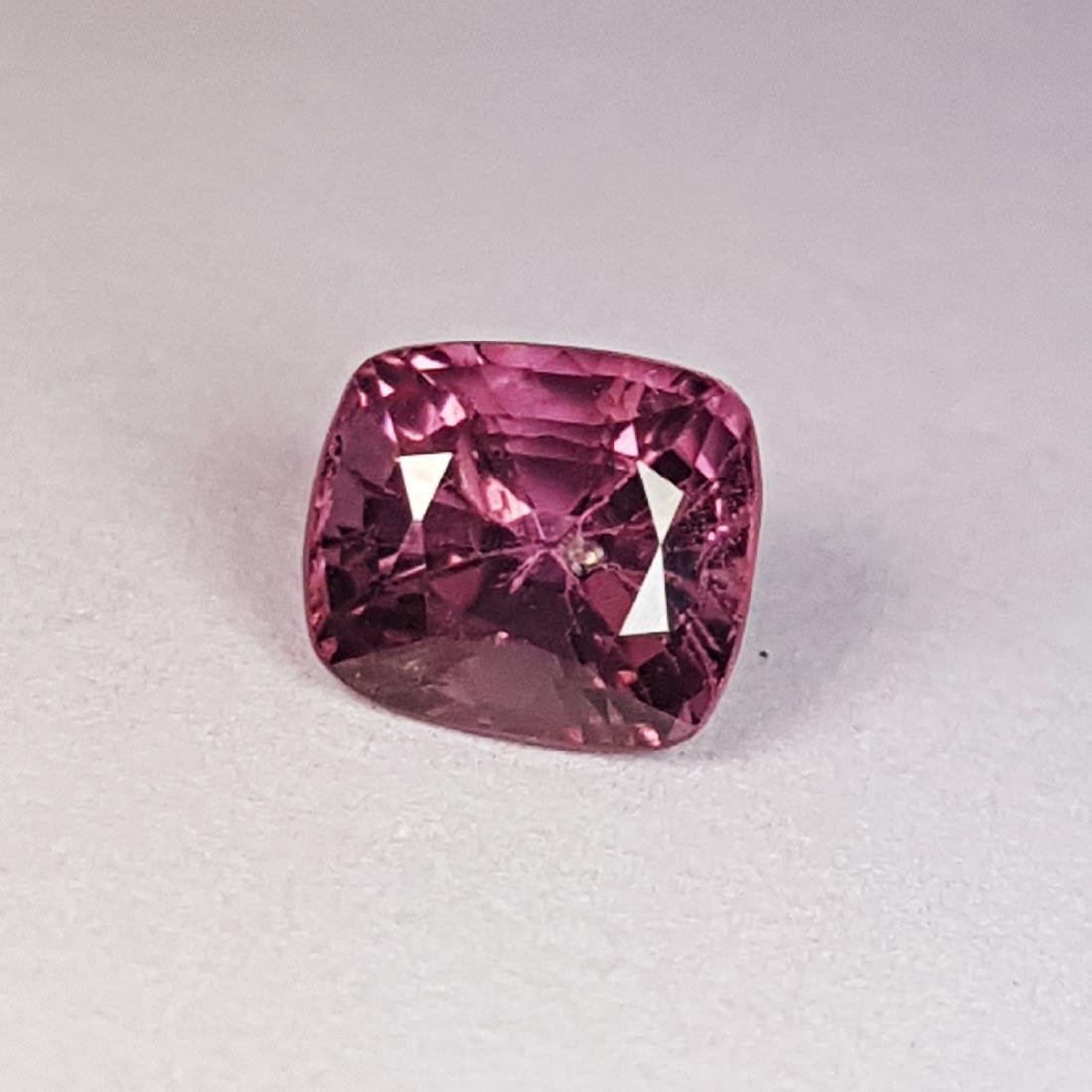 Spinel - 1.23 ct