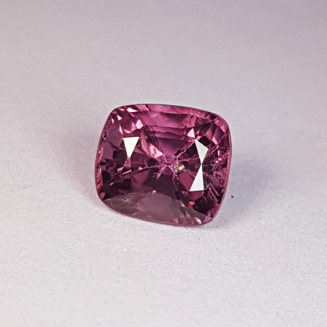 Spinel - 1.23 ct - 2