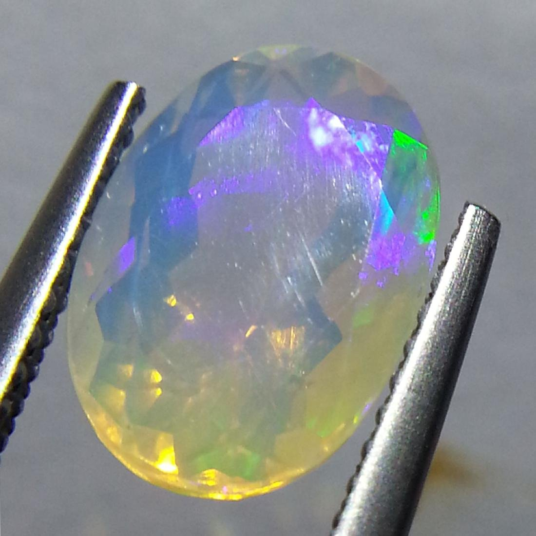 Fire Opal - 2.18 ct - 4