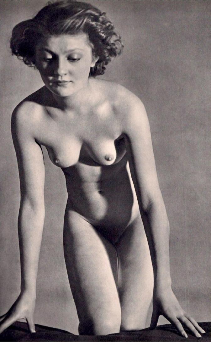 BRASSAI - Nude