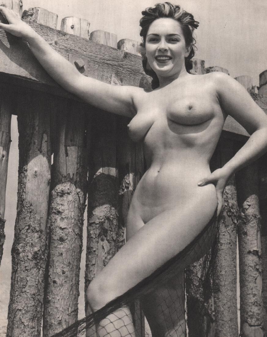 RUSSEL GAY - Nude