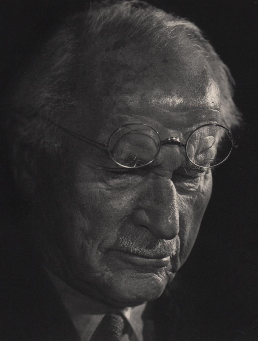 YOUSUF KARSH - Carl Jung