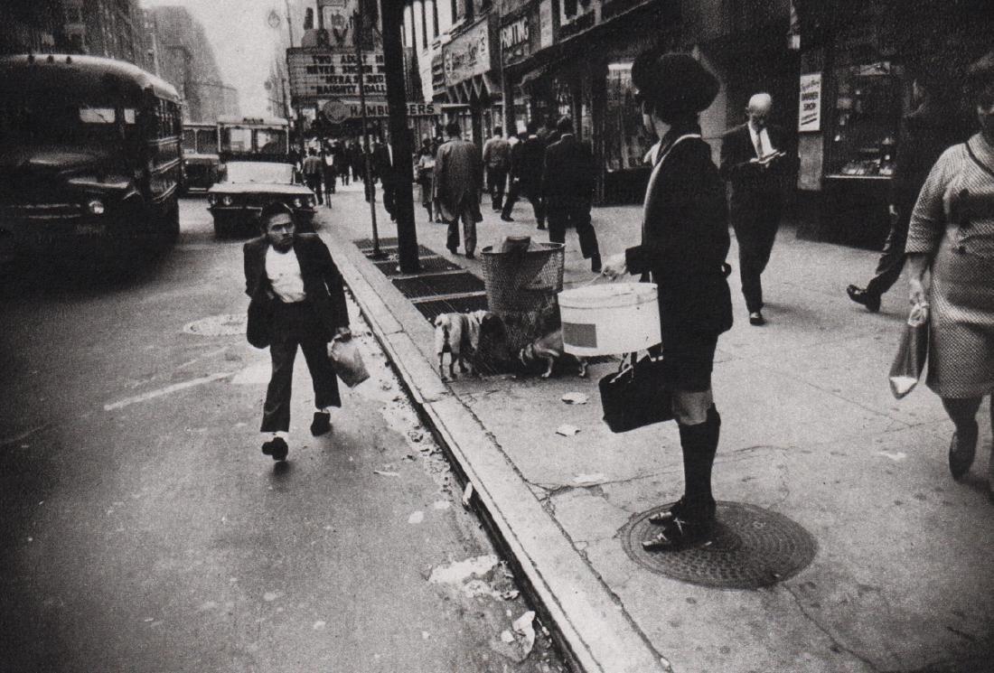 GARRY WINOGRAND -  New York City, 1968