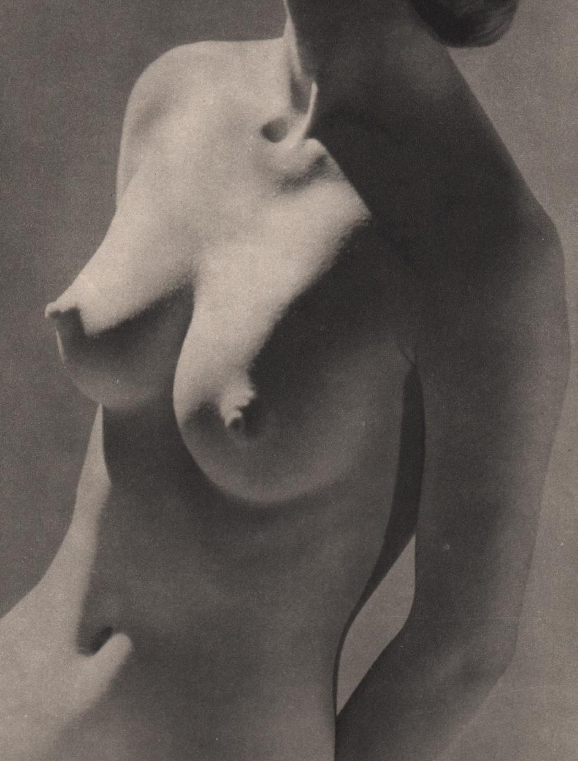 PAUL J. WOOLF - Nude
