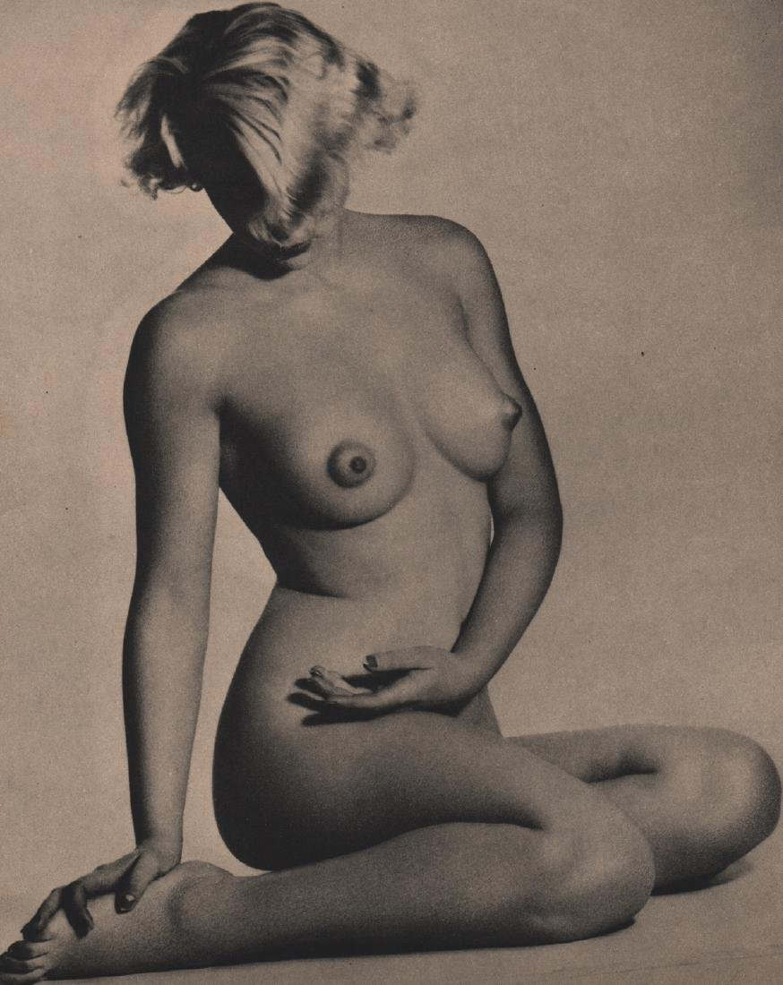 W. R. SAUNIER - Nude