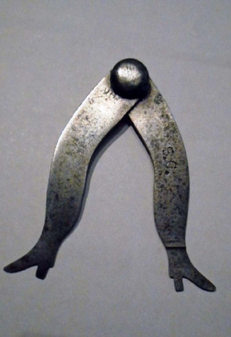 Metal Calipers in the Shape of Ladies Legs - 3