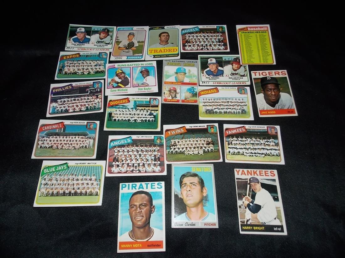 Vintage Baseball Card Lot