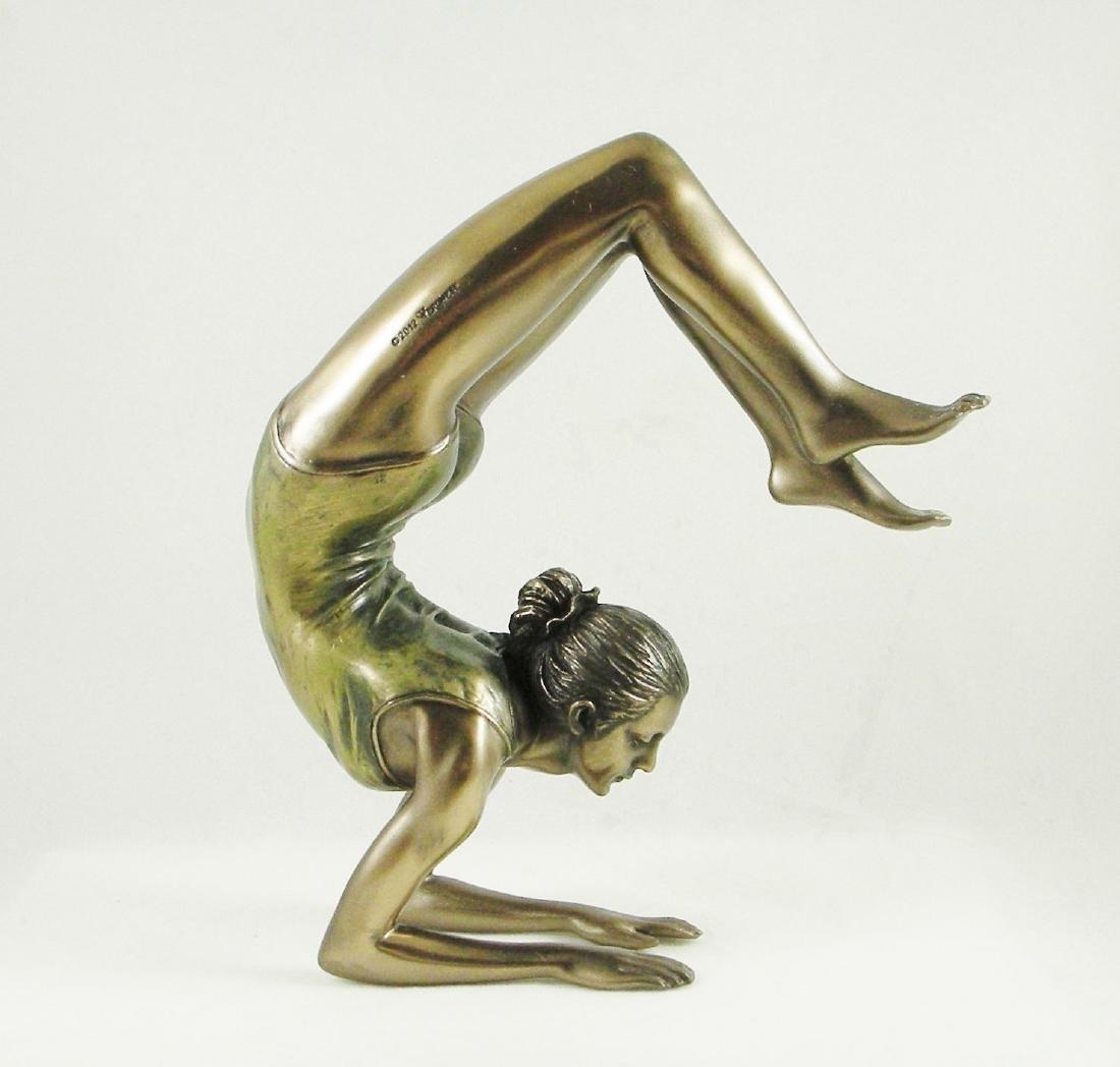 Body Talk Yoga - Vrischikasana Statue - 4