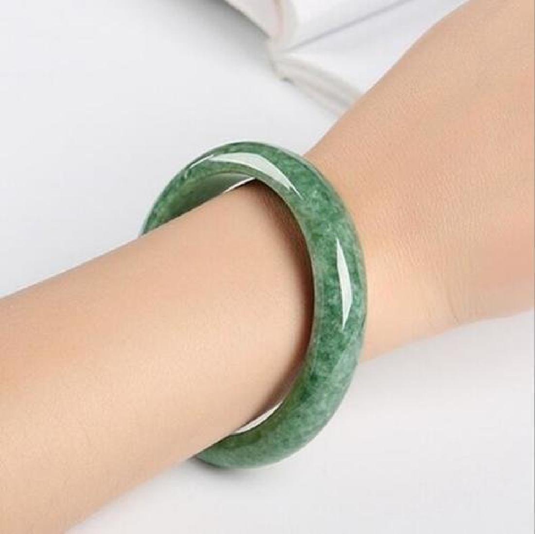 A pure natural jade bracelet - 4