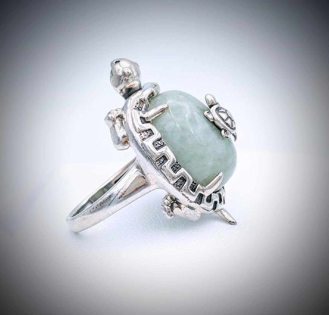 Sterling Silver Turtle Designed Ring with Jade - 3
