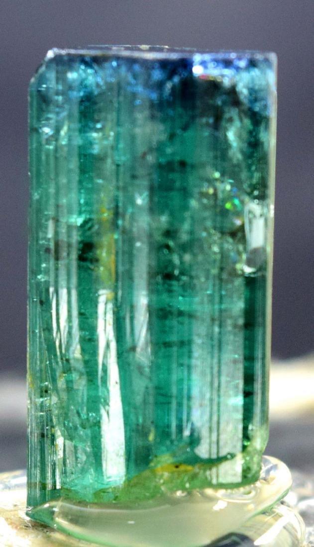 31.30 carats terminated and undamaged indicolite cap